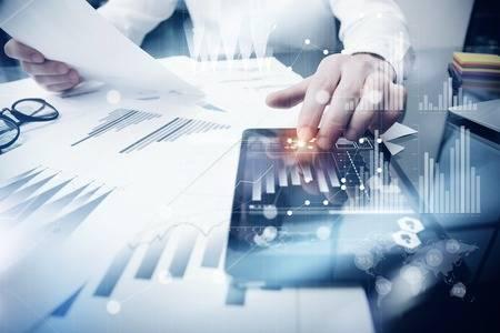 Круглий стіл 'Ризикова діяльність у сфері фінансового моніторингу: теорія та практика. Поглиблена перевірка клієнта як інструмент уникнення ризикової діяльності.