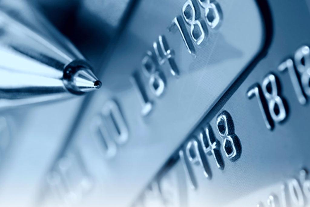 Нові схеми шахрайства з картками та банкоматами. Детальний розгляд шахрайських схем, методи протидії, та як захиститися клієнтам.  Розгляд шахрайських пристроїв та нові методи моніторингу